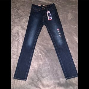 Levi's slimming skinny jeans /brand new with tags